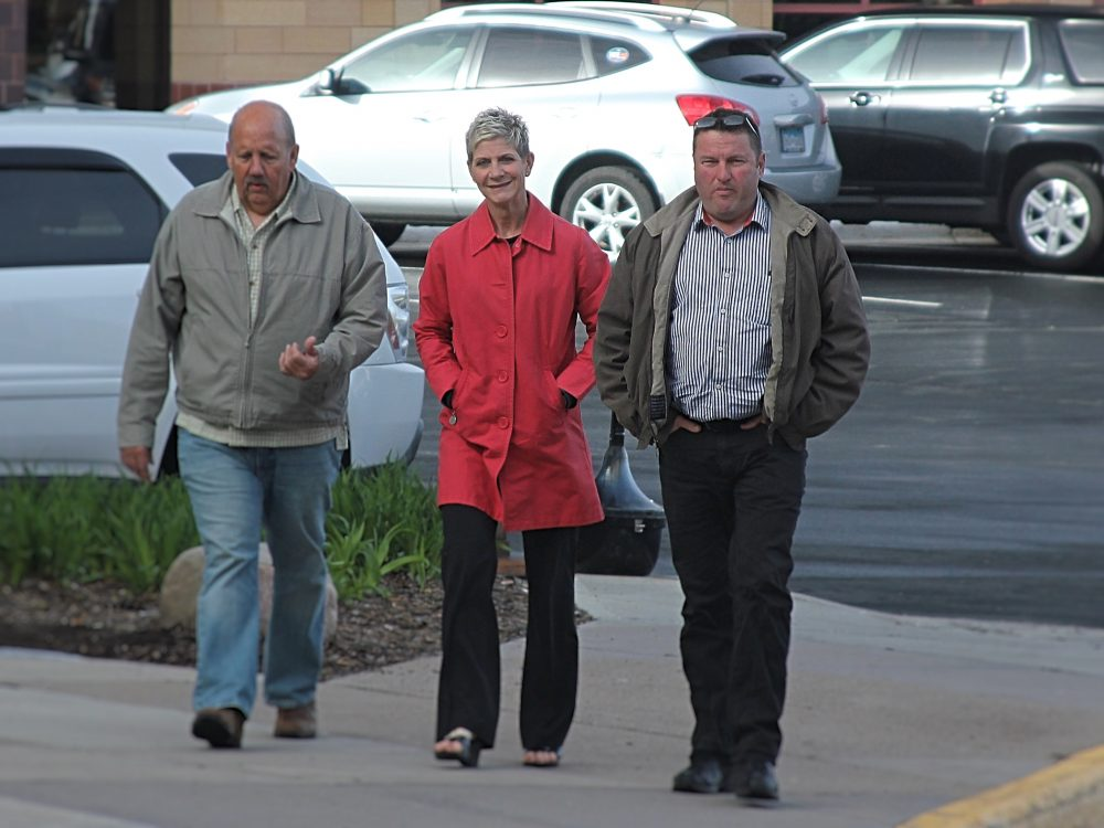 Doug and Gina Dahlen released from jail after serving only 20 days